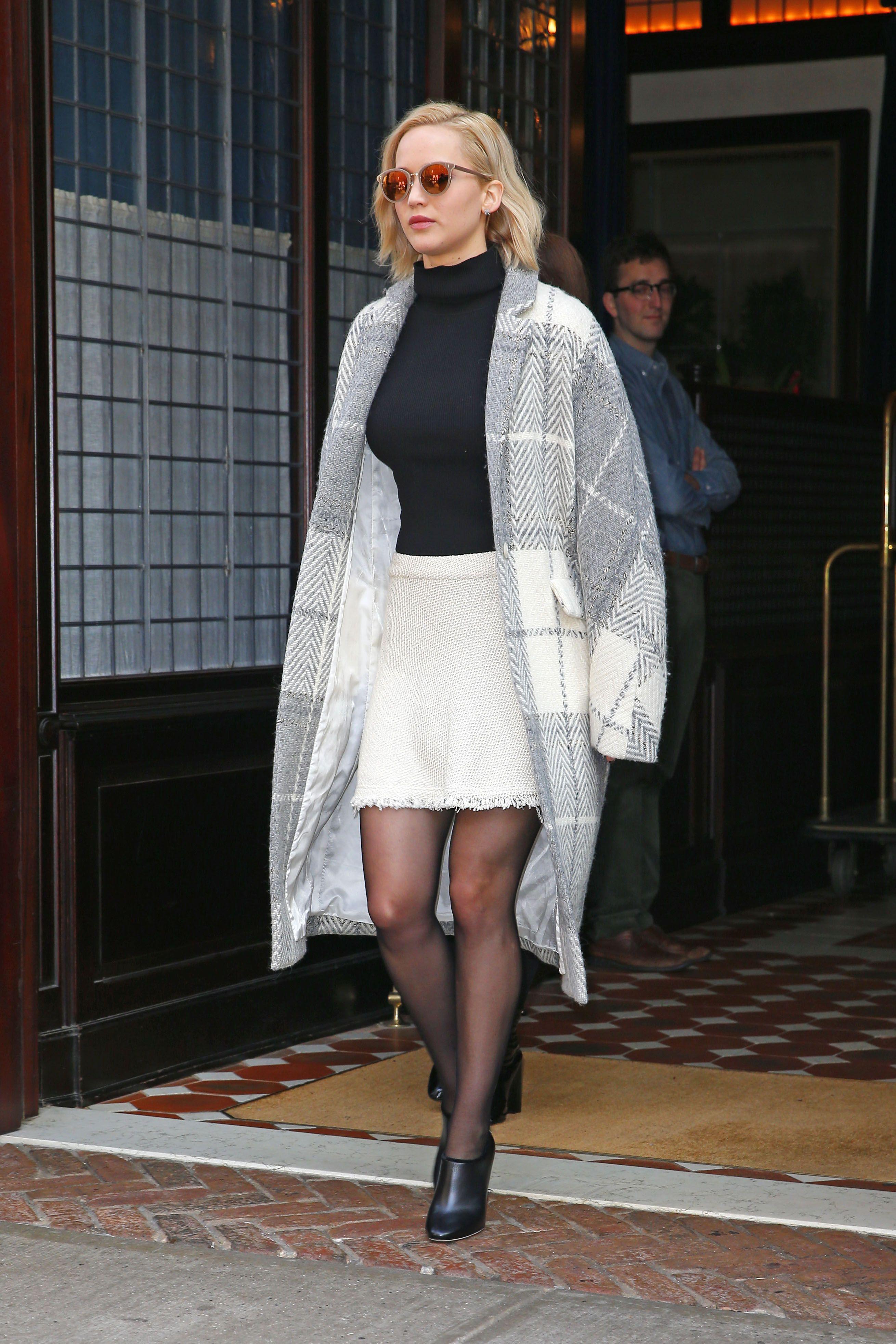 Jennifer Lawrence | Celebrities in pantyhOse | Jimmy choo ...