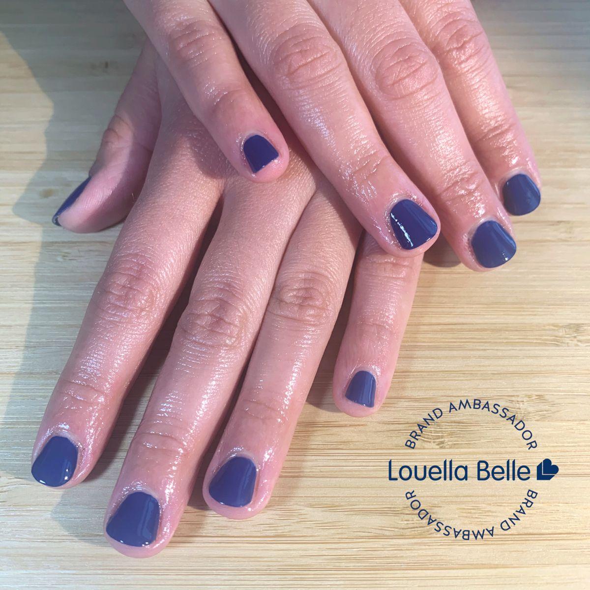 Midnight blue for @alicjsh over @famous_names @ibxnails treatment after a full gel removal 😊✨ #londonnails #bluenails #ibxtreatment #nails #dadioil #louellabelle #lbambassador #healthynails #shortnails #iloveshortnails #ibx #nailsofinstagram #regularpolishmanicure #manicure #boundsgreen #northlondonnails #treatwelluk #treatwellpartner