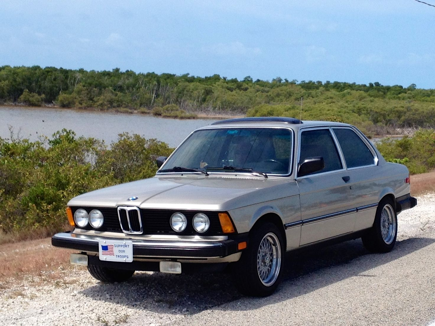 1983 bmw 320i on us1 in the florida keys bimmer e21 pinterest florida keys bmw and wheels. Black Bedroom Furniture Sets. Home Design Ideas