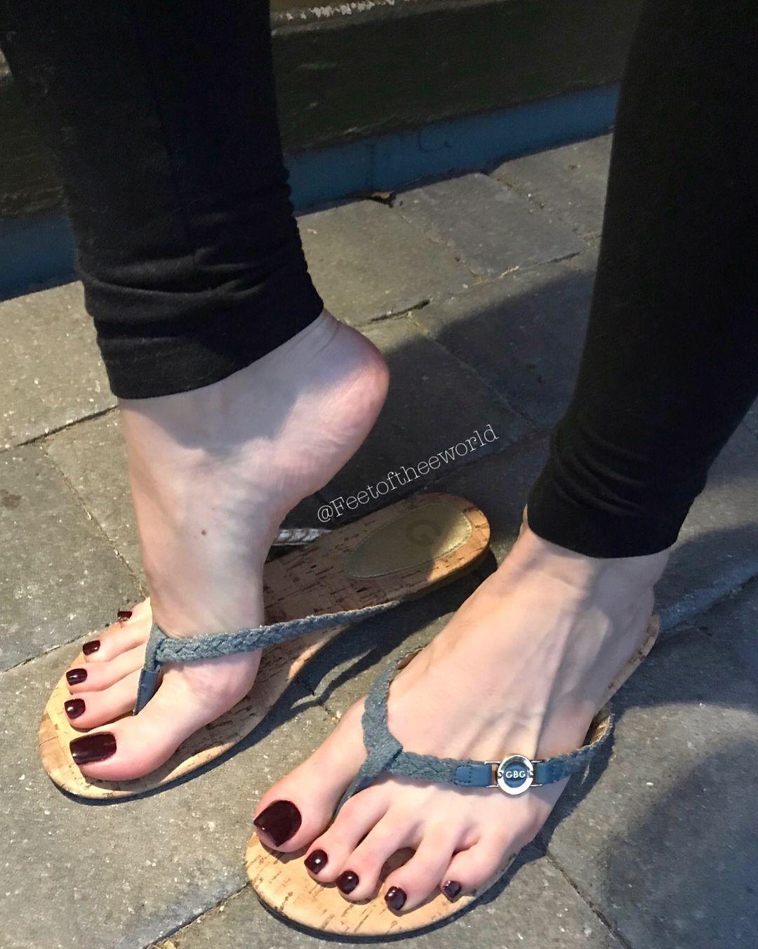Sucking Feet While Fucking