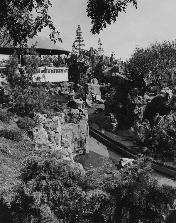 The Lost Architecture Of The San Fernando Valley San Fernando Valley Busch Gardens San