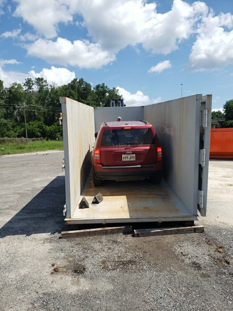 40yd Dumpster And A Jeep American Made Dumpsters In 2020 Dumpster Dumpsters American Made