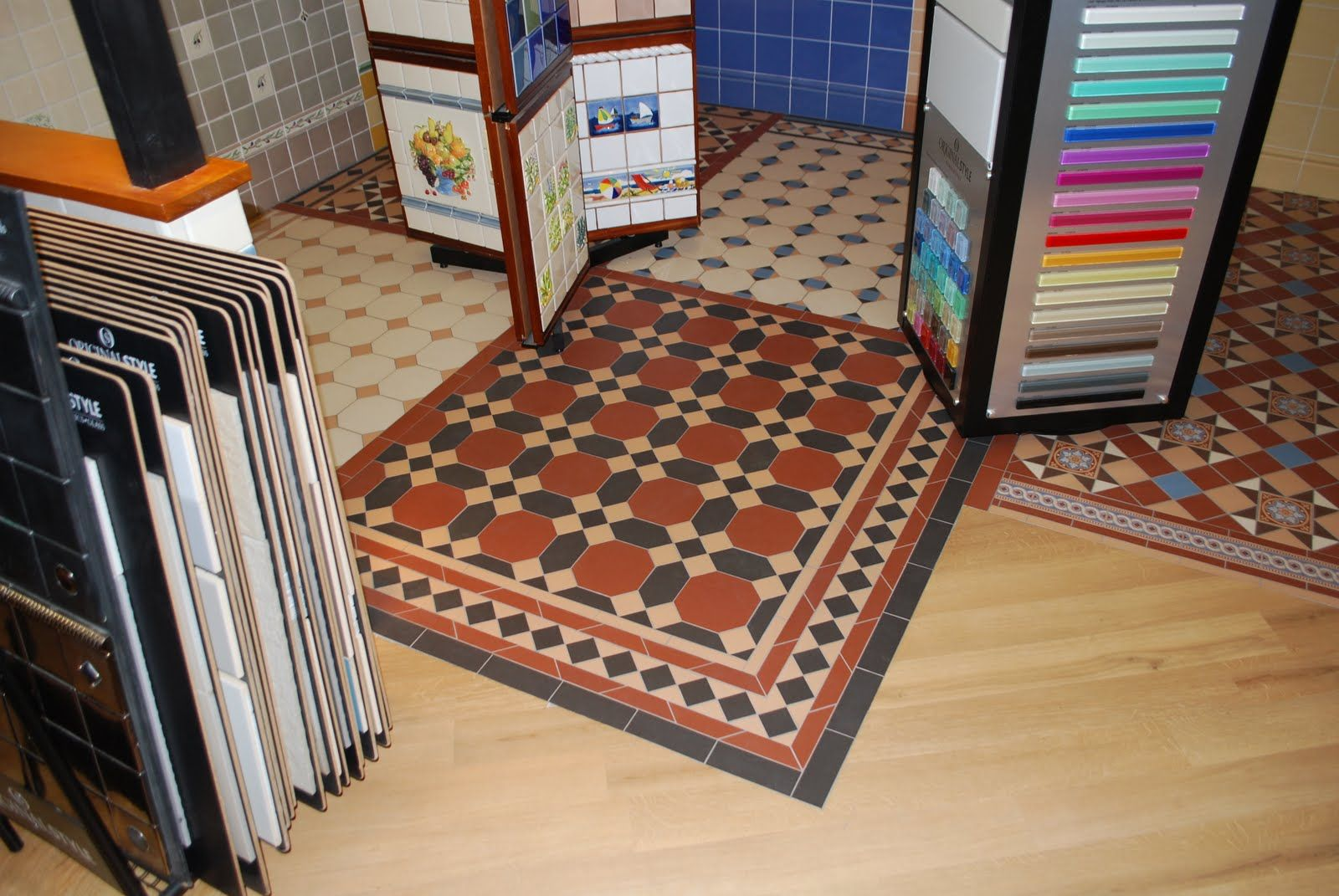Victorian tile effect vinyl google search home pinterest victorian tile effect vinyl google search dailygadgetfo Image collections