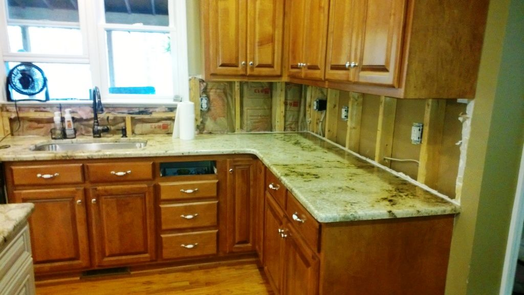 Granite countertops charlotte nc sienna beige medium color for Charlotte kitchen cabinets