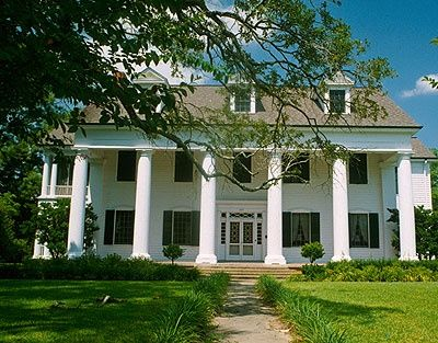 southern dream homes Dream Home Beautiful Southern Colonial