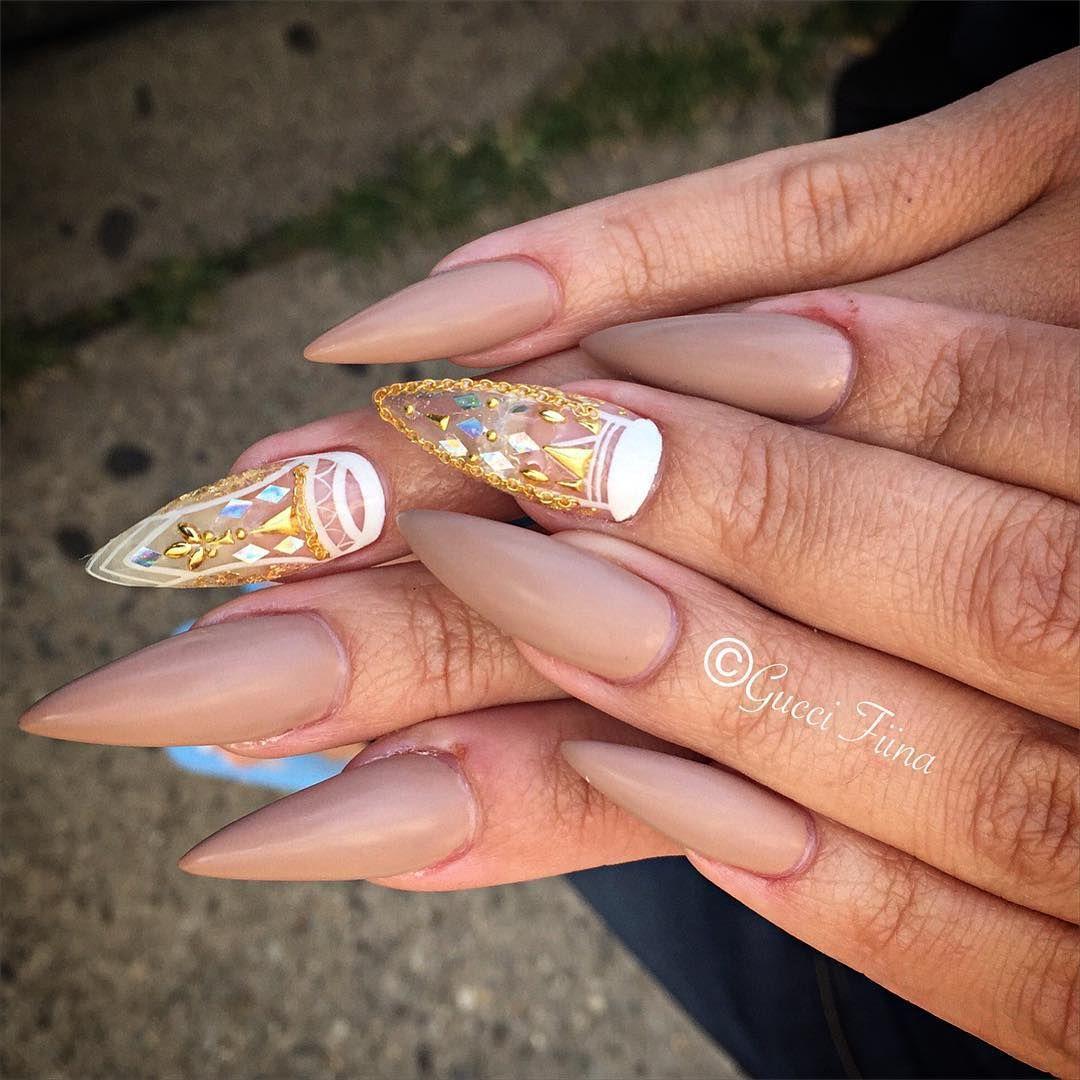 "ˢᴬᴺᴰᵞ ᴸᴱ〰ᴳᵁᶜᶜᴵ_ᶠᴵᴵᴺᴬ on Instagram: ""Classy matted nude . @ss2_myloves #nailitmagazine #nailprodigy #nailedit #guccifiina #fiina_naillounge #happy #nails #fashion #style #hudabeauty #beauty #pretty #stylish #sparkles #styles #glitter #nailart #opi #essie #unhas #preto #branco #love #shiny #polish #nailpolish #nailswag #anastasiabeverlyhills #vegas_nay"""