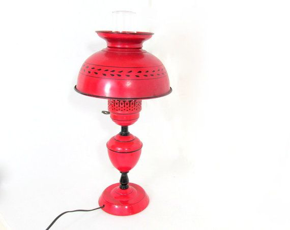 Vintage Red Metal Tole Table Lamp by CapeCodLaurieDesigns on Etsy