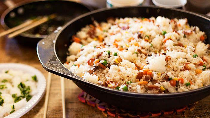 Vietnamese pork fried rice com chien recipe vietnamese pork vietnamese pork fried rice com chien forumfinder Gallery