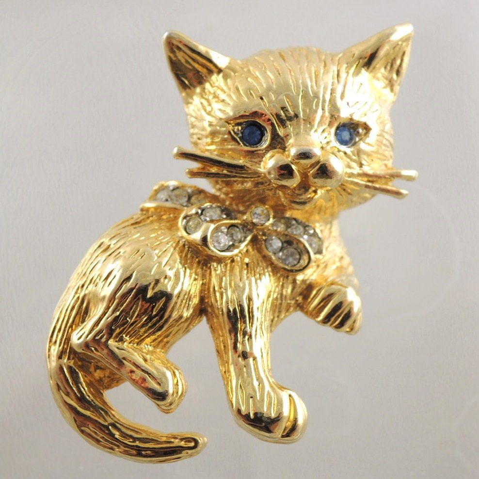 Vintage Blue Eyes Cat Pin Kitten Gold Tone W Clear Rhinestones Blue Cats Cat Brooch Red And Blue