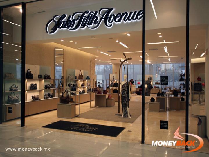 Saks Fifth Avenue Es Una Tienda Departamental Con Las Mejores Marcas De Lujo Del Mercado Y Una Gran Colección New York Department Stores Saks Fifth Avenue Saks