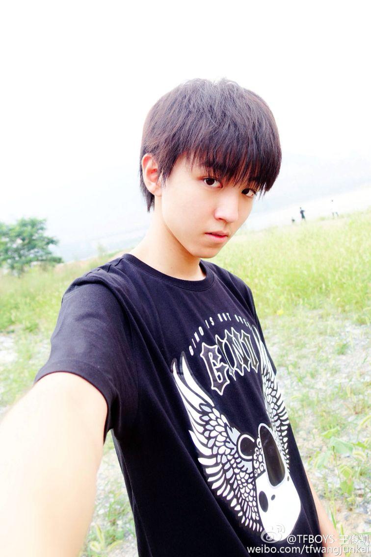 Wang Junkai #WJK #Karry #WangKarry #王俊凯 #หวังจุนไค #จุนไค #tfboys #weibo