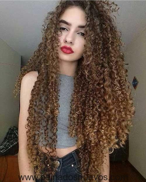 Largo En Capas De Pelo Rizado Peinados Polochas Pinterest