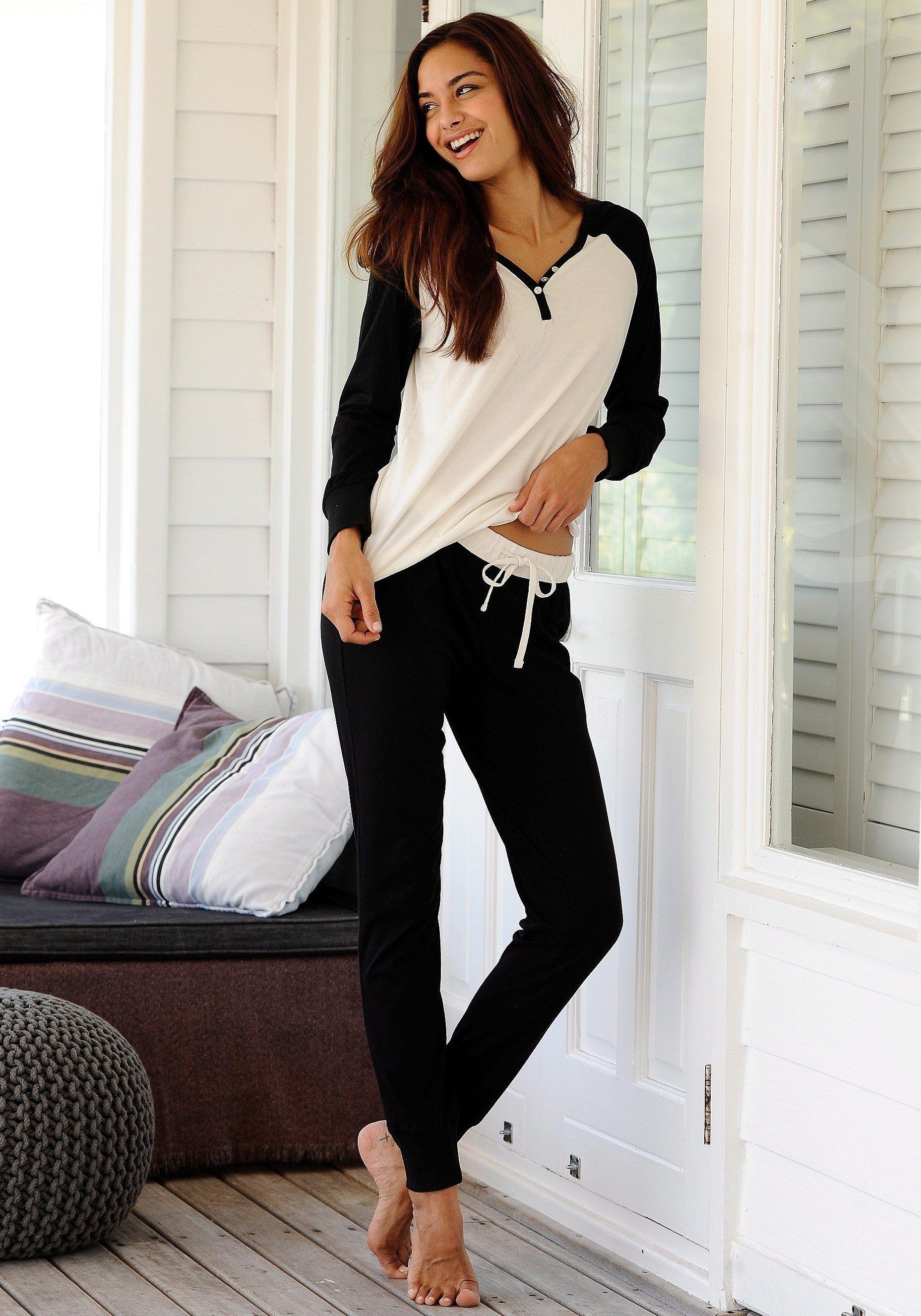 c1cba55022 Buffalo Schlafanzug in zweifarbigem Design mit Zierknöpfen | - Kategorie:  Damen Bekleidung Sale Schlafanzug Kuschelig