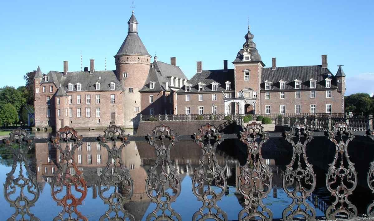 Home Page Castle Pictures Castle Pictures Pt2
