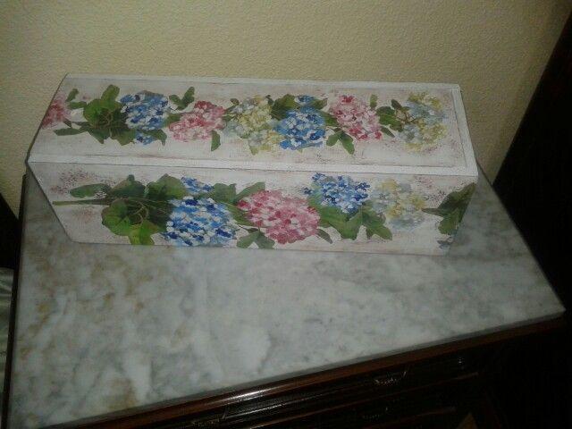 caja de vino decorada con servilletas - Cajas De Vino Decoradas