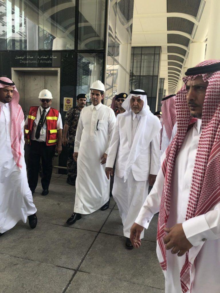 أمير مكة تشكيل لجان للتحقيق في حريق قطار الحرمين والكشف عن النتائج فور الانتهاء Lab Coat Jackets Fashion