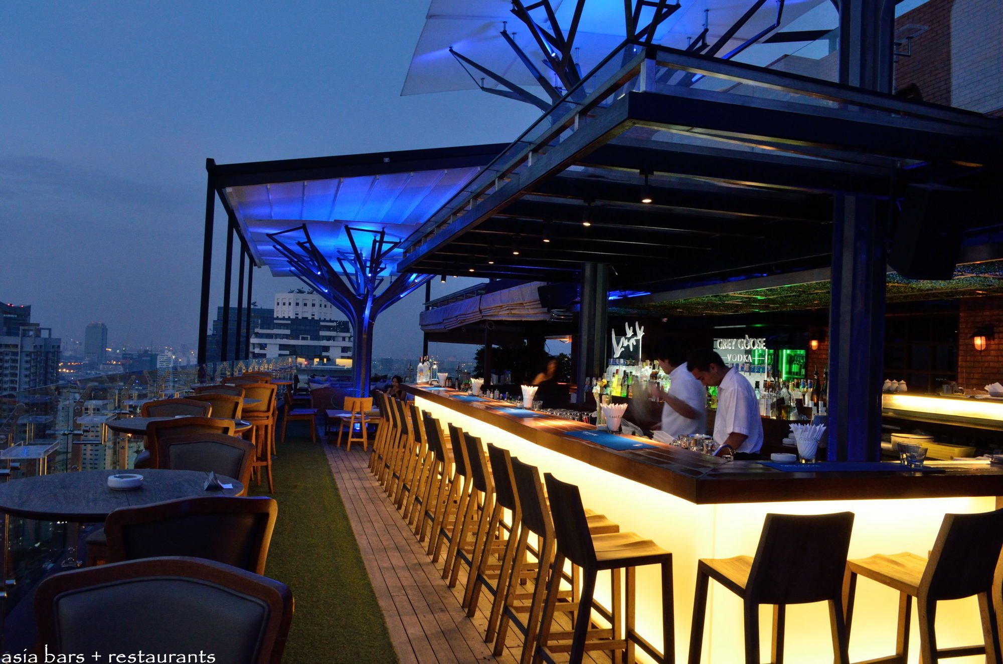 Above Eleven Rooftop Bar Restaurant Bangkok Well