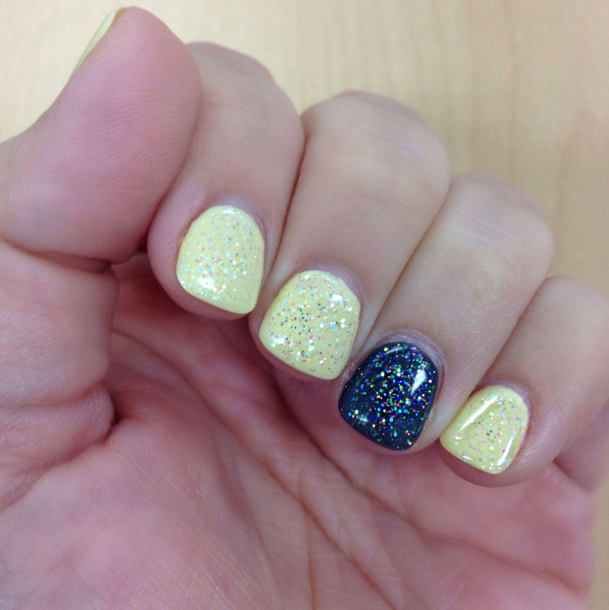 Glitter Yellow And Grey Nail Art