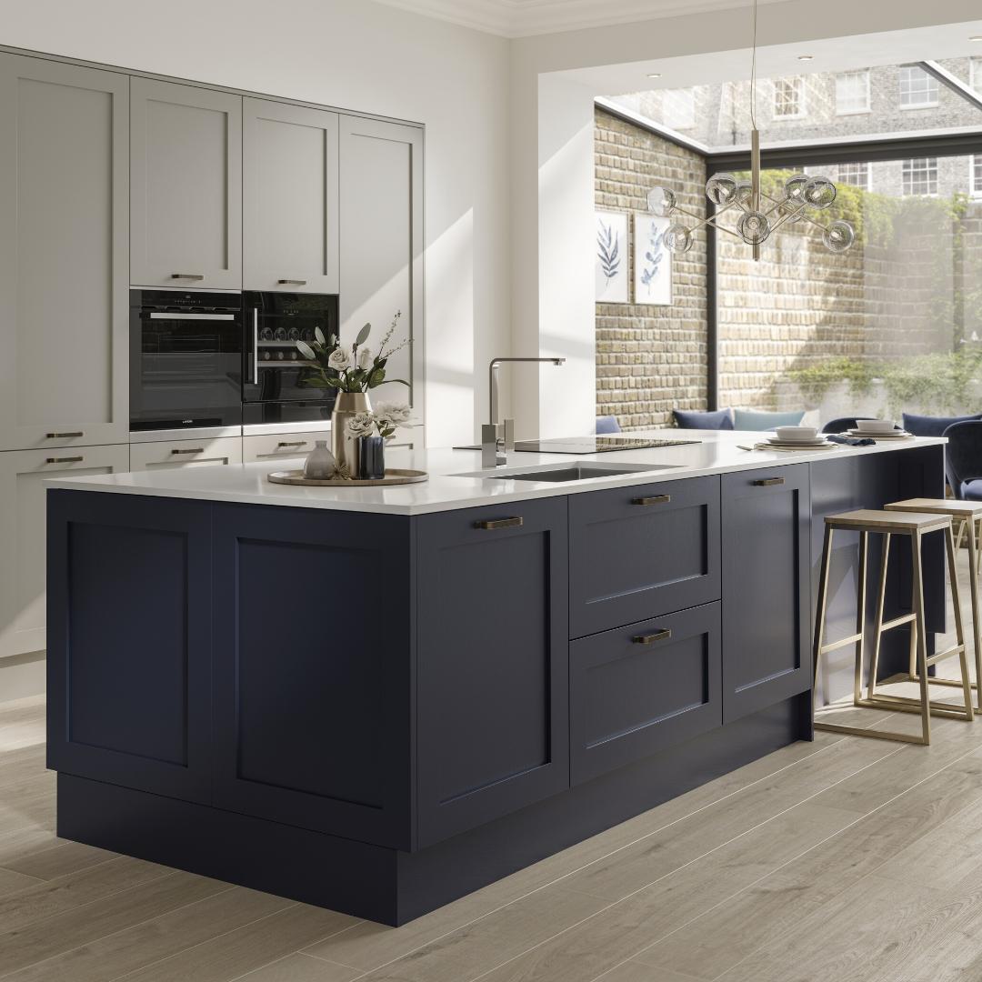 Traditional Style Kitchen Design With A Modern Twist: Contemporary Kitchen, Modern