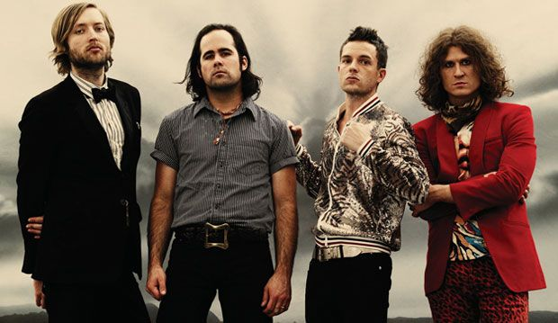 The Killers estrenará el 11 de noviembre su álbum recopilatorio Direct Hits. Echa un vistazo.  http://musicaes.wordpress.com/2013/09/23/direct-hits-album-recopilatorio-de-the-killers/