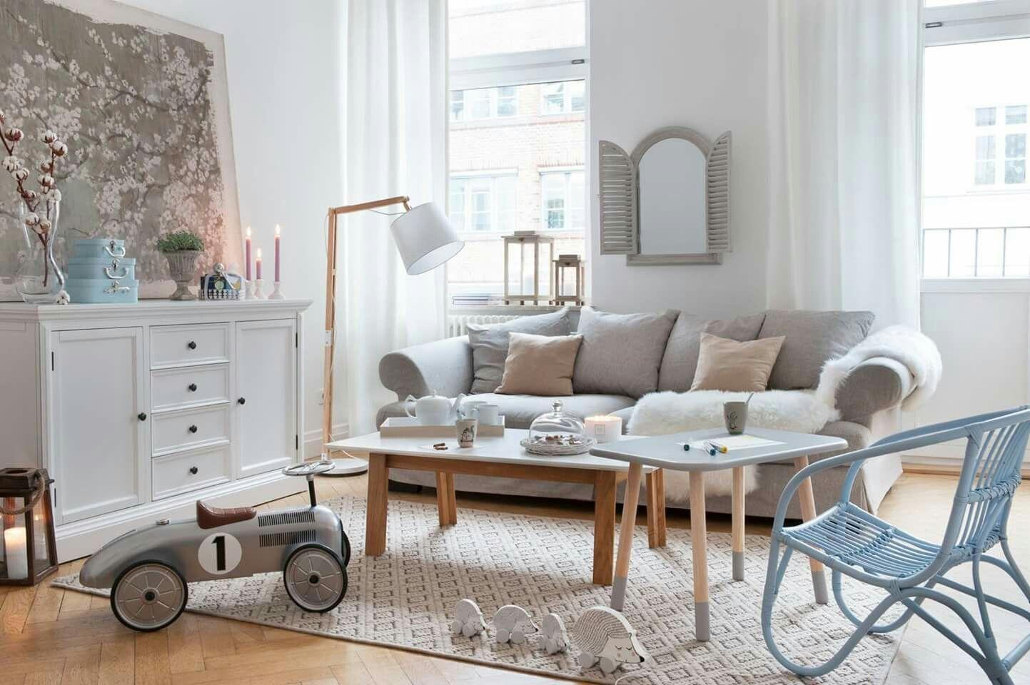 Living Room Decor Ideas With Feminine Touches   Home Decor Ideas