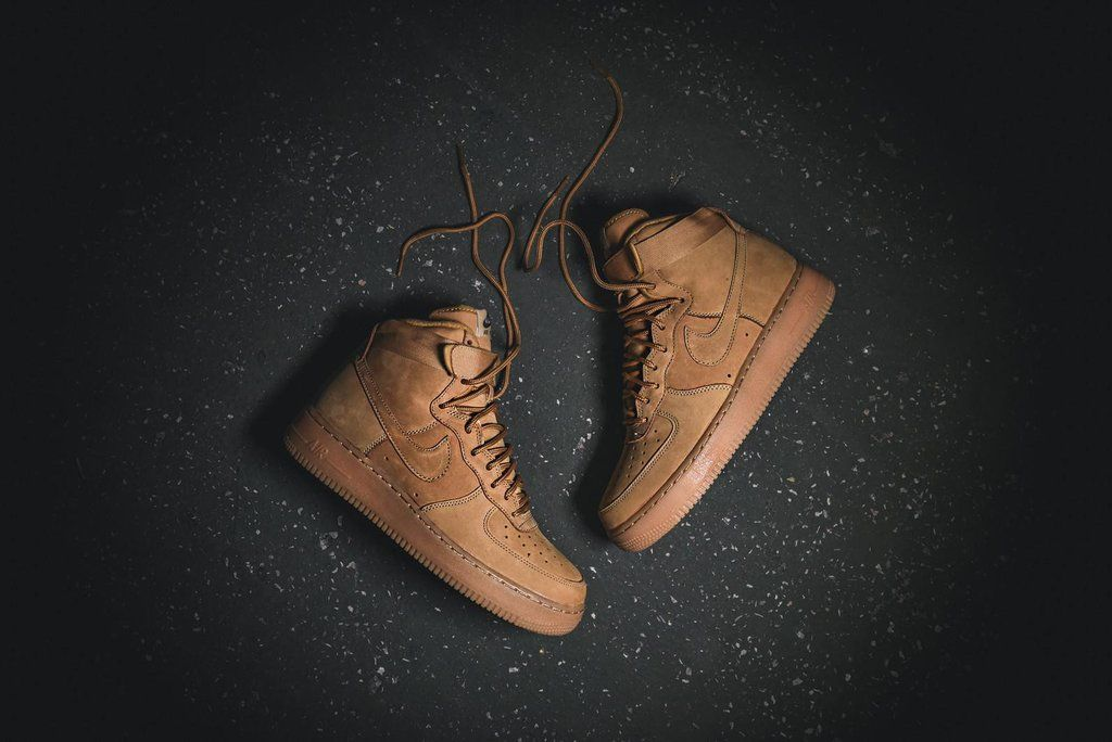 fe48e7ae2891c Nike Air Force 1 High - Flax   Gum