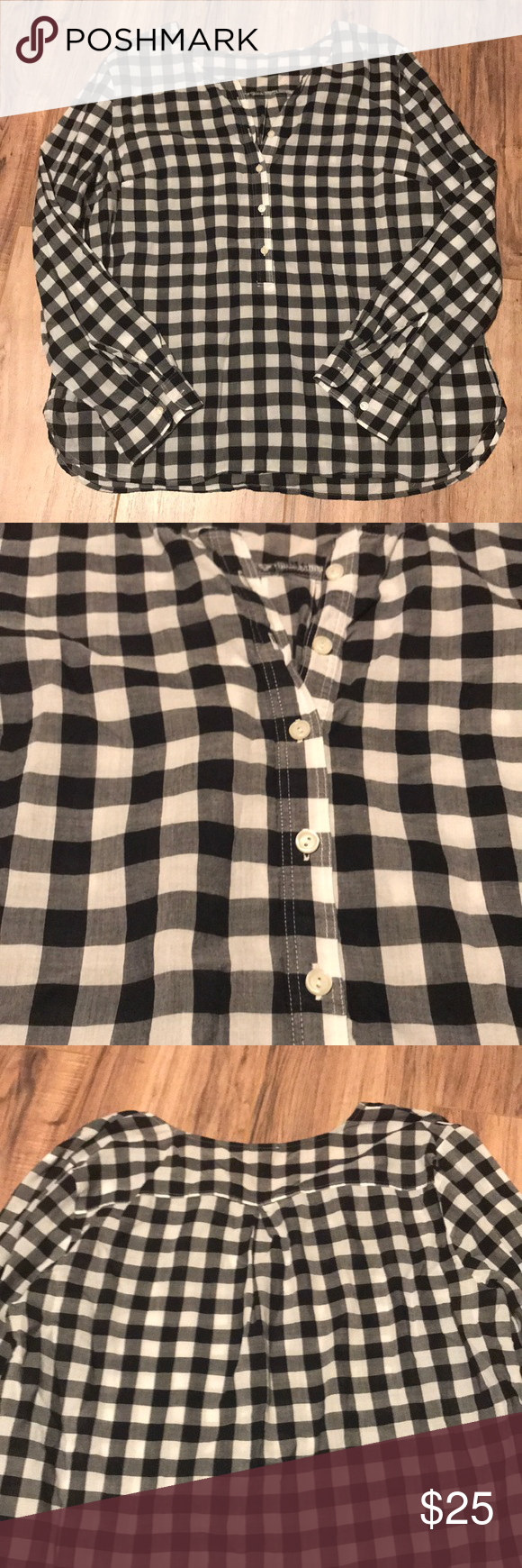 Gingham popover Great condition! Petite large! I cut the tags out because they bothered me! From Talbots! Talbots Tops Blouses