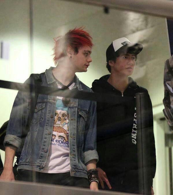 Michael&Calum♡