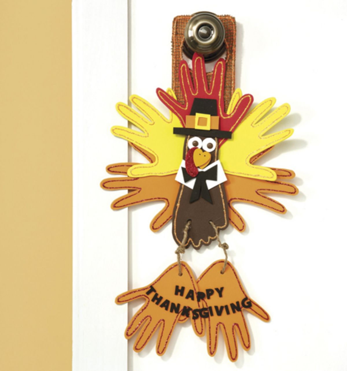 Welcome Guests With Fall Door Decorations: Welcome Your Thanksgiving Guests With This Turkey Door