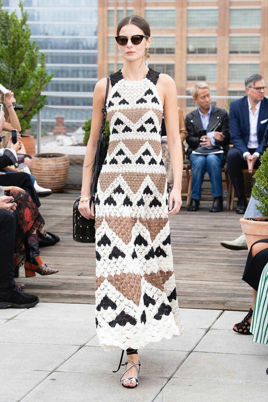 4e2f40c1078b5f Oscar de la Renta Spring 2019 Ready-to-Wear | Dresses Designers ...