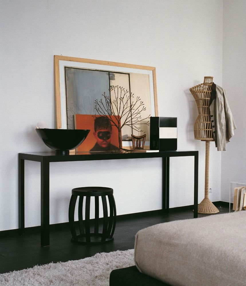 modern black consoles | Modern black console table with grey color ...