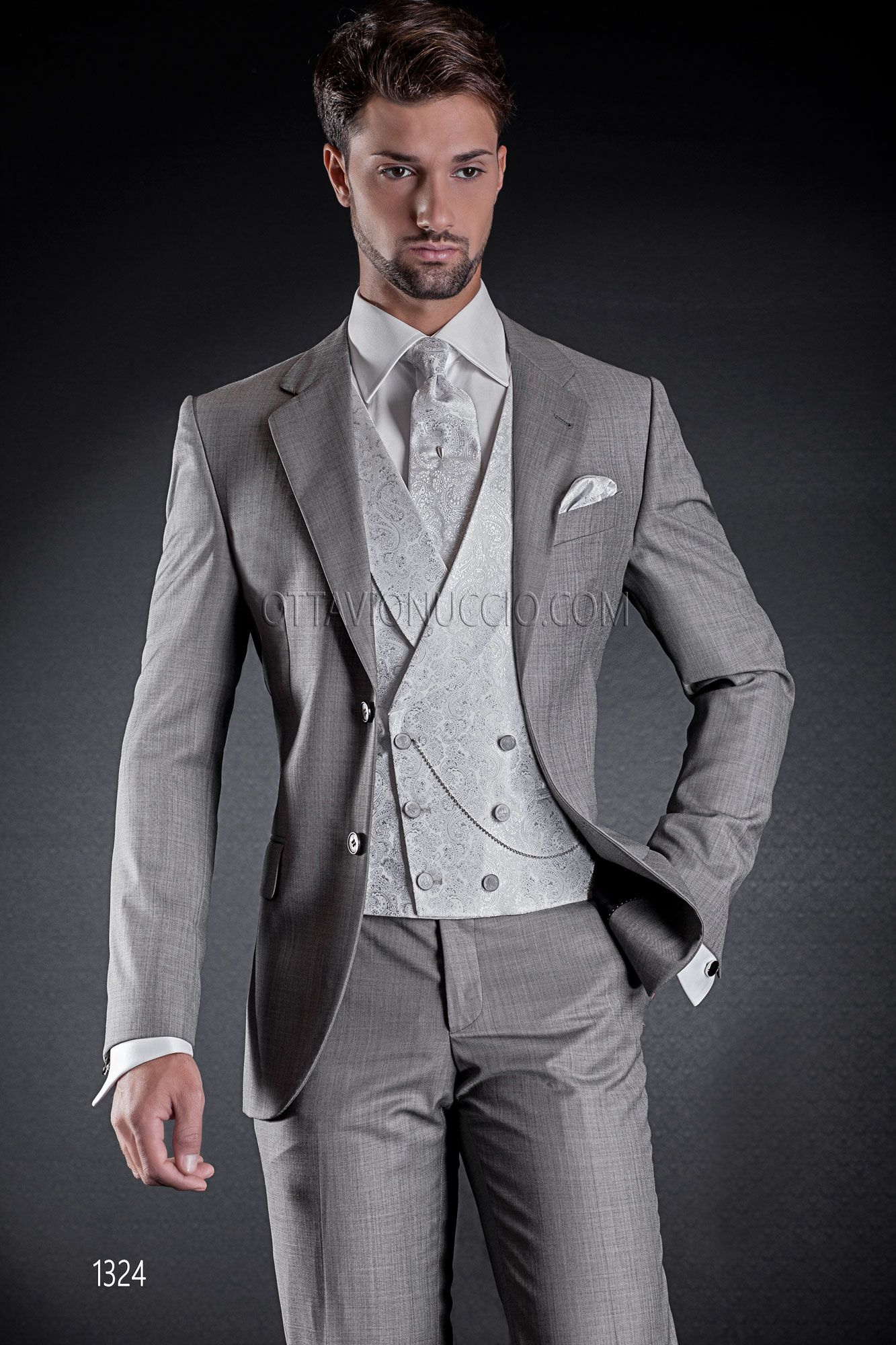 2 buttons light grey formal suit with double-breasted vest in silk ...
