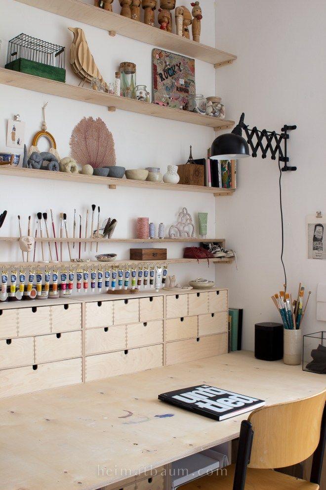 Das neue Büro / Ankleidezimmer mit weißem Boden – HEIMATBAUM