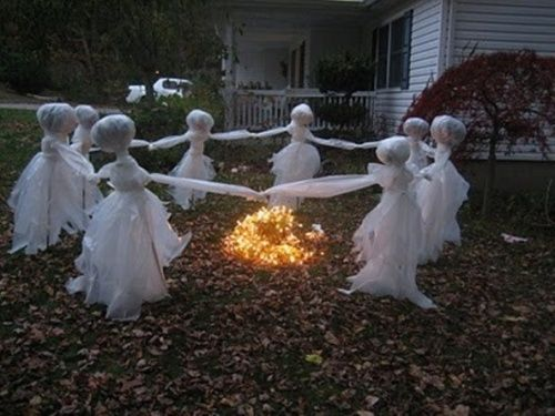 astonishing-designs-of-homemade-outdoor-halloween-decorations-or