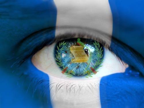 En tus palabras, ¿Qué hace a Guatemala un país admirable? | Guatemala,  Guatemala flag, Guatamala