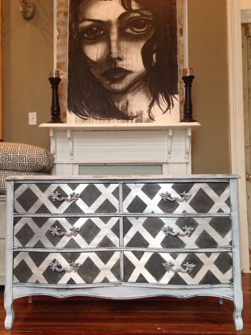 Artisan Enhancements Pearl Plaster, Annie Sloan Paris Grey and Graphite by Black Dove Designs