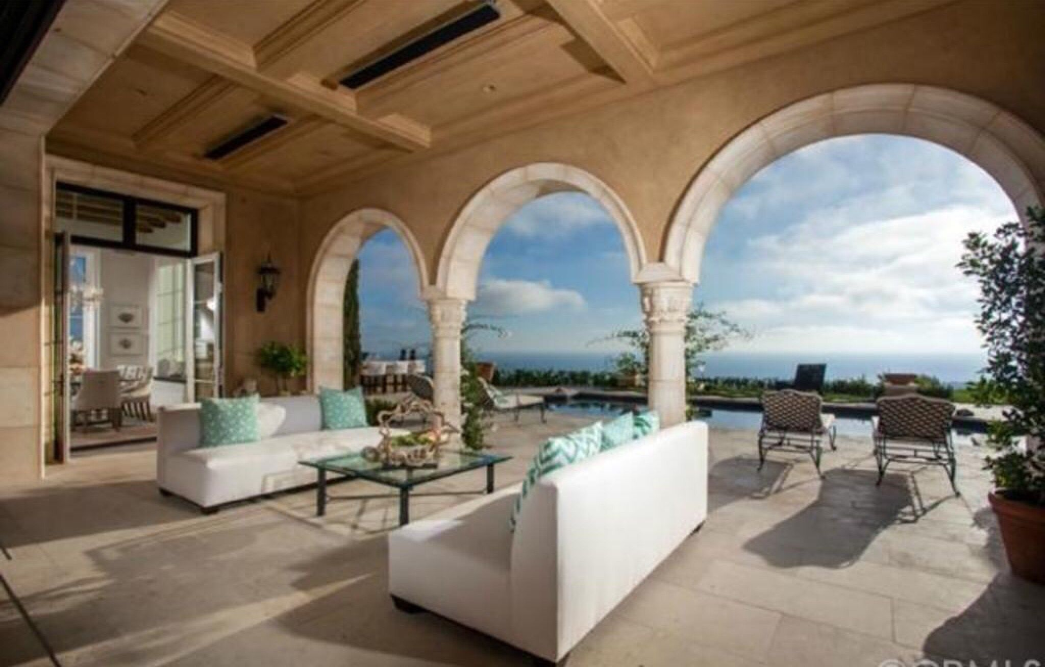 Arches for outdoor living, awe!