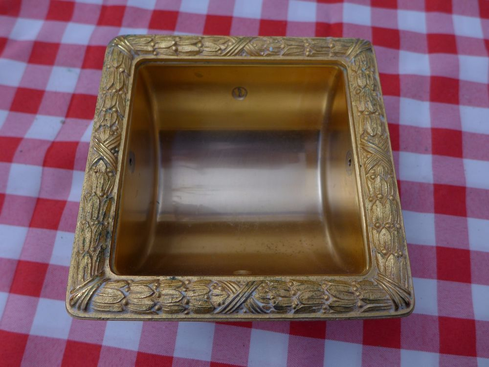 Sherle Wagner Gold Plated Toilet Paper Holder Sherlewagner Bathroom Accessories Toilet