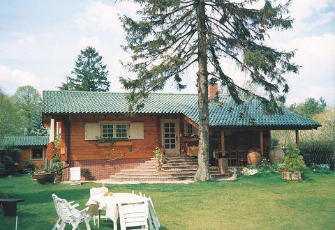 Kufstein kleinhaus bauen pinterest haus holzhaus for Holzhaus kleinhaus