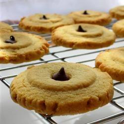 Cookies: Chewy Peanut Butter Cookies