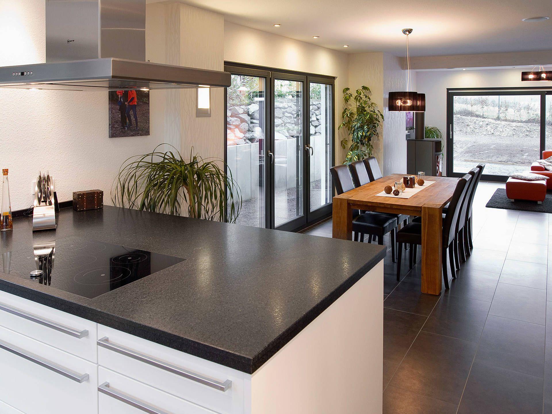 Einfamilienhaus Turo von Fingerhut Haus GmbH & Co. KG – Hausbau