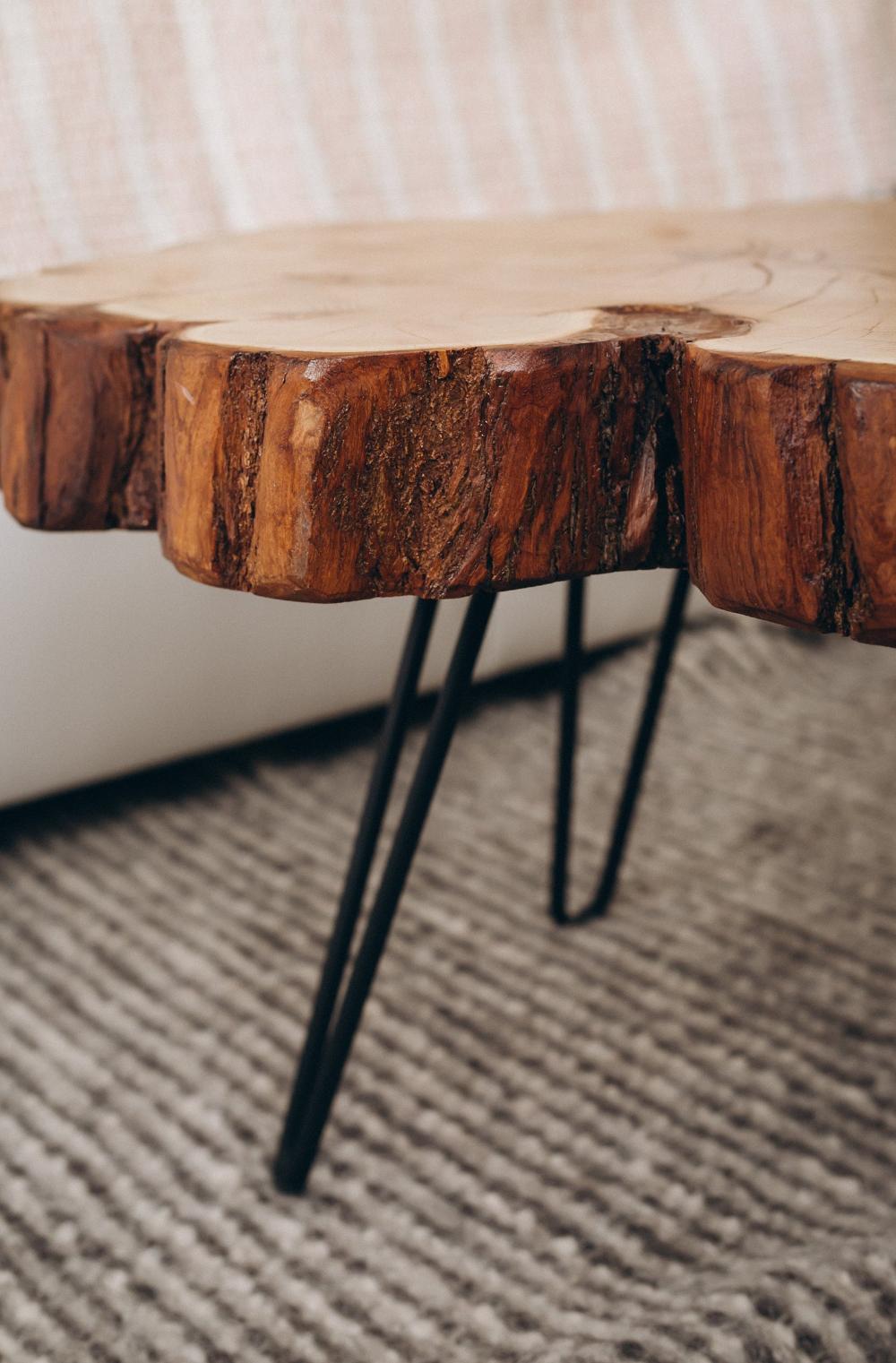 Live Edge Coffee Table Unique Coffee Table Slab Round Coffee Table Wood Coffee Table Wood Side Table End Table Modern Coffee Table In 2020