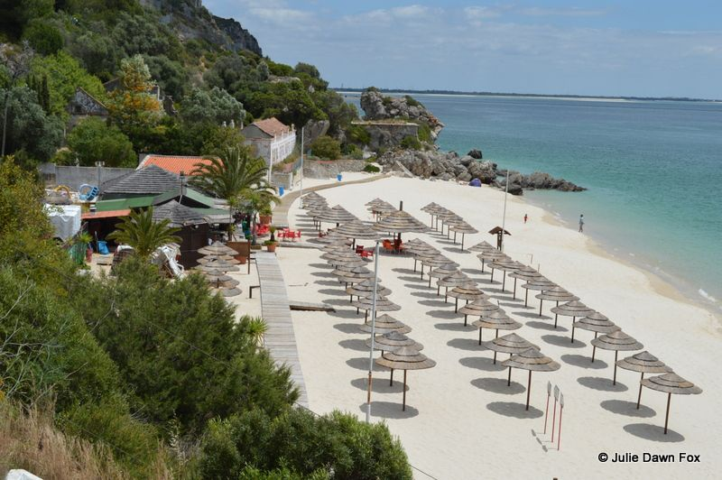 Things to See and Do in Arrábida Natural Park - via @juliedawnfox 18.03.2015 | You don't have to go far from Lisbon to find stunning landscapes and beautiful beaches. Simply head south across the River Tagus to the Serra da Arrábida Natural Park and there they are. Photo: Praia Galapagos, Serra da Arrábida, Portugal