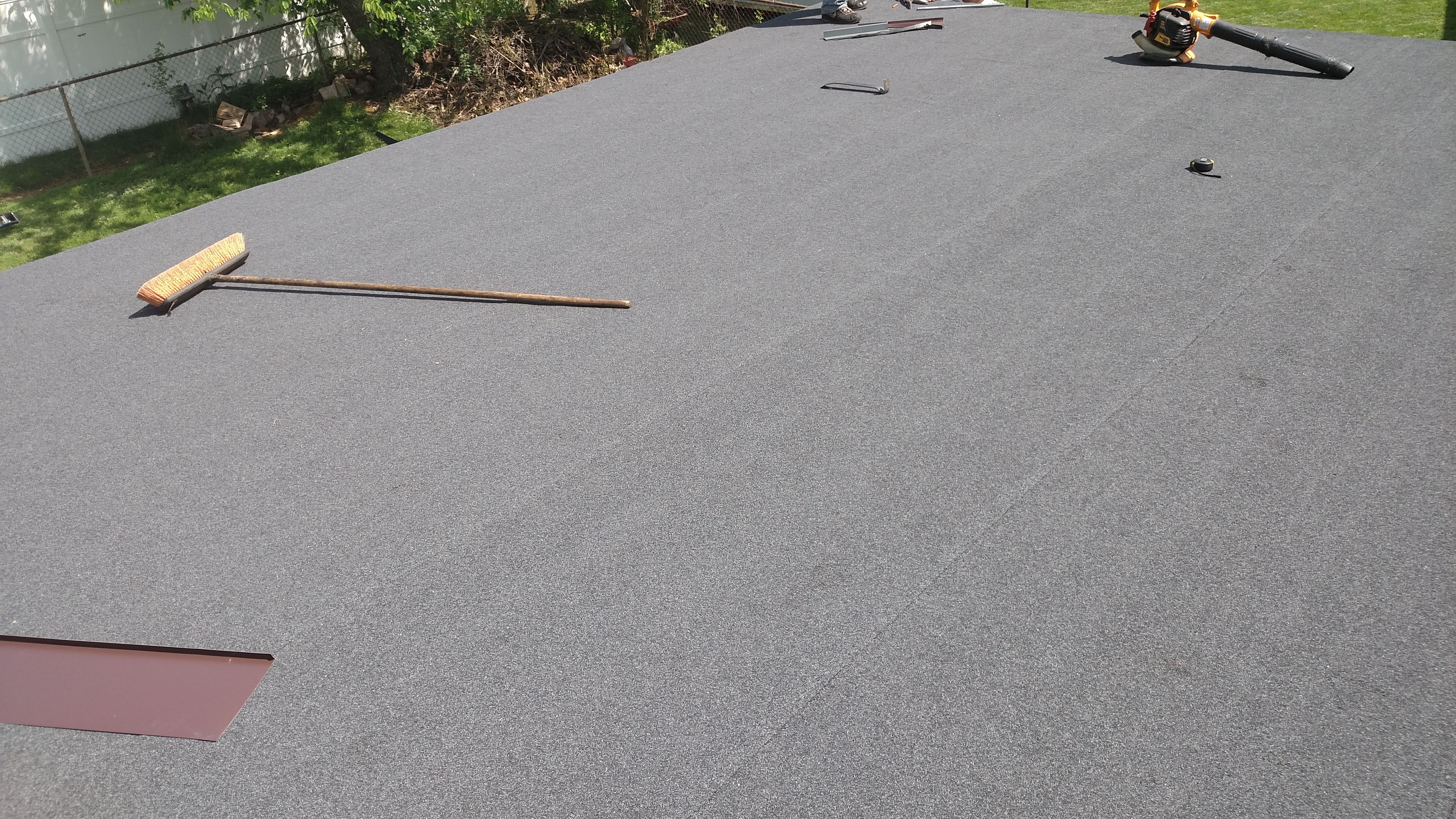 Newly Installed Asphalt Rolled Roofing For A Customer In Kettering Matched The Shingles Perfectly Dependabilityfirst Dcand Roll Roofing Roofing Shack Ideas