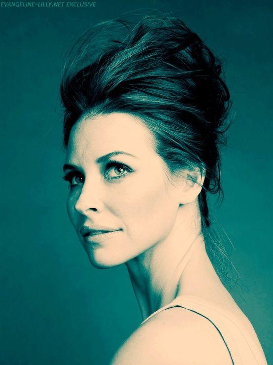 Kopasz lett a gyönyörű színésznő