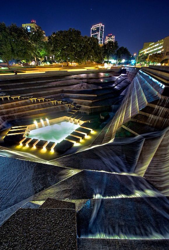 Water gardens in downtown Fort Worth ! Cool places to