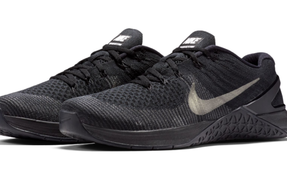 5a521a9995b The New Nike Metcon DSX Flyknit Gets A Classic Finish