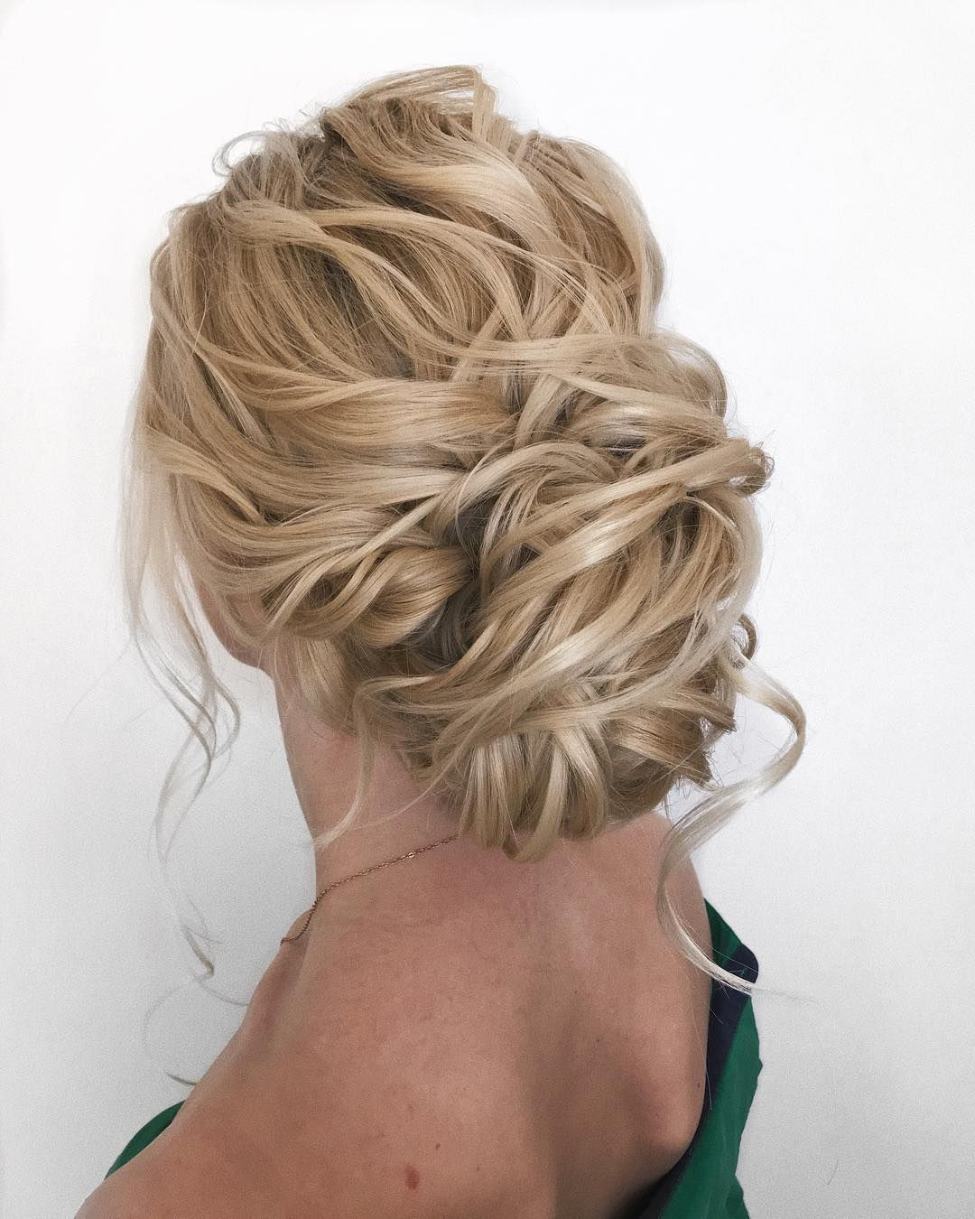 textured updo, updo wedding hairstyles,updo hairstyles,messy