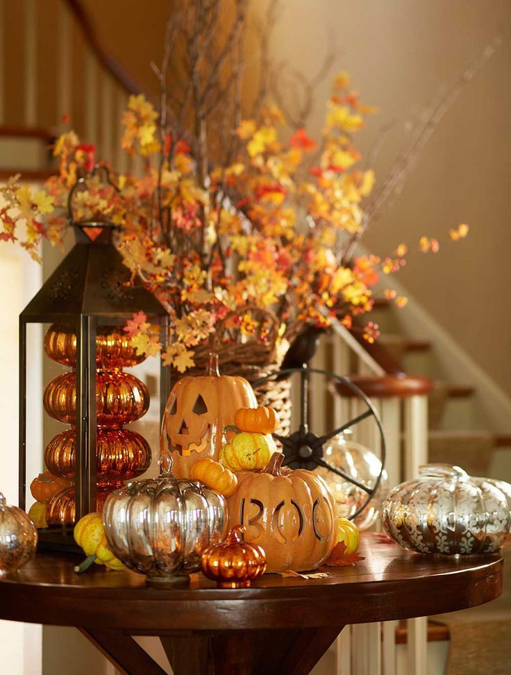 A pretty #Decor for holloween Seasonal Decor Pinterest - how to decorate for halloween party