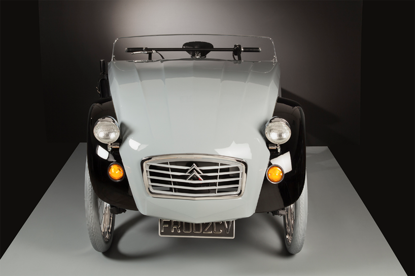 citroen C2 paris tricycle designboom